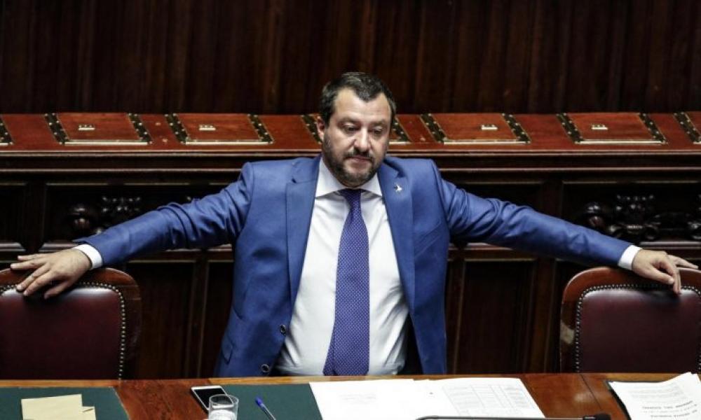 ΑΥΤΟΣ ΕΙΝΑΙ ο επόμενος πρωθυπουργός της Ιταλίας! Καλπάζει