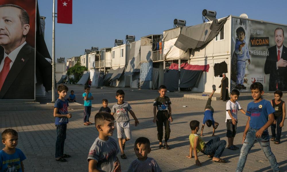 Αποτέλεσμα εικόνας για 1 Εκατομμύριο Πρόσφυγες από τη «Συρία»