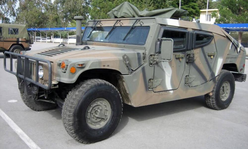 Το θηριώδες Hummer του Δ' Σώματος Στρατού που θωρακίζει τα σύνορά μας