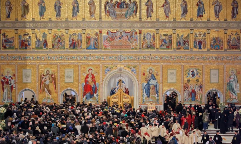 Εκκλησία και Κόσμος: Η Εκκλησία μπορεί να σώσει την Ελλάδα και τον κόσμο  Όλο | Pentapostagma
