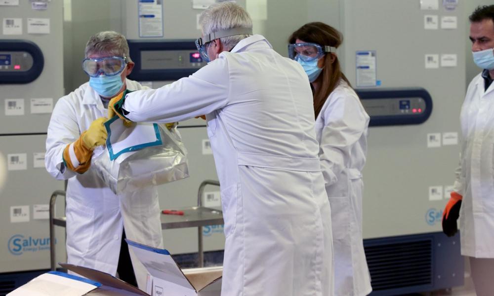 Κορονοϊός: Ο ΕΟΔΥ απαντά σε 26 ερωτήσεις για τον εμβολιασμό | Pentapostagma