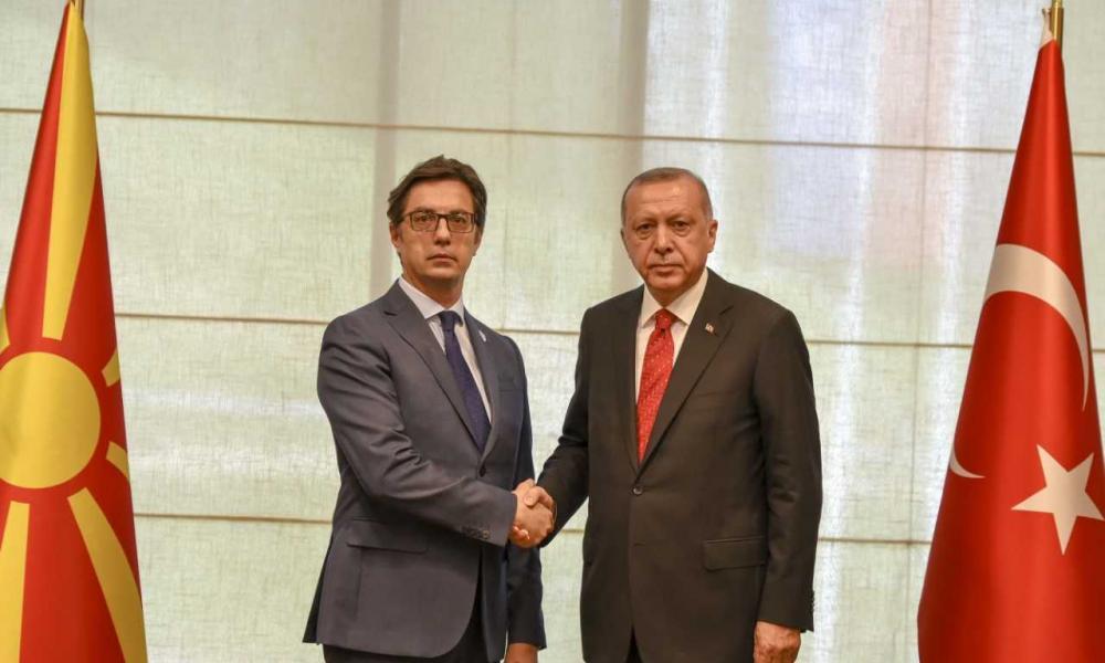 Σκόπια προς Τουρκία: ''Θα αγοράσουμε όπλα από εσάς''!