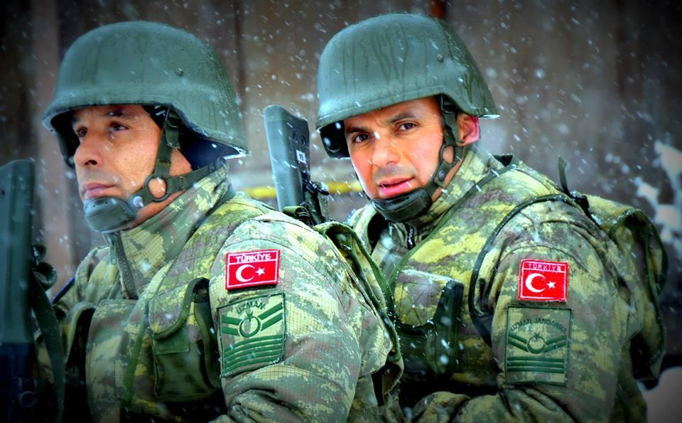 Οι Τούρκοι εκπαιδεύουν Σκοπιανούς Αξιωματικούς σε Καταδρομικές και Αντιαεροπορικές επιχειρήσεις