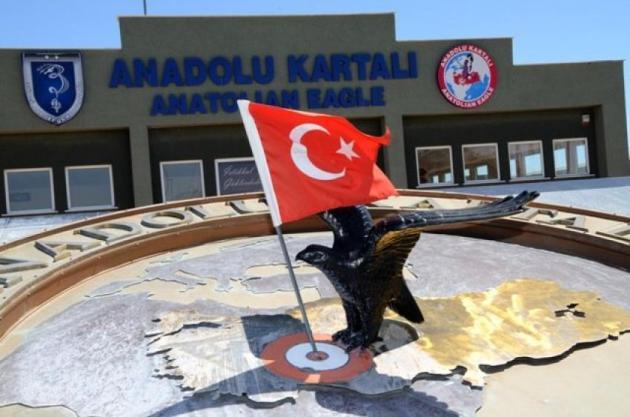 Τραβάνε το σχοινί οι Τούρκοι στο Αιγαίο! Μιλούν πάλι για...παρενόχληση αεροσκαφών τους