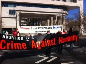 ΗΠΑ-δεκάδες-χιλιάδες-ακτιβιστές-κατά-των-αμβλώσεων-4