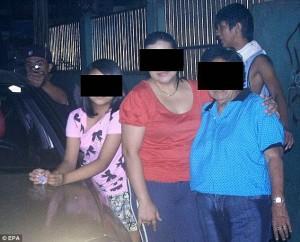 πολιτικός-από-τις-φιλιππίνες-συγκλονιστικές-φωτογραφίες