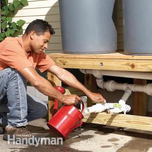 πως-να-συλλέξετε-βρόχινο-νερό-για-τον-κήπο-σας-με-λιγότερα-από-100-ευρώ