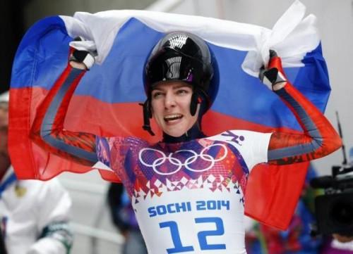 Ρωσίδα-αθλήτρια-δείχνει-κάθε-στιγμή-την-πίστη-της-προς-τον-Θεό