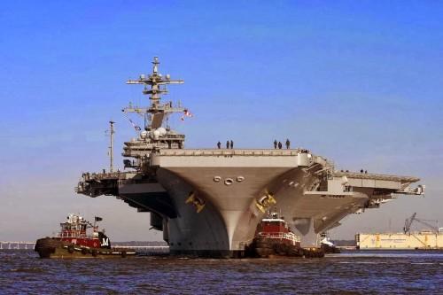 Το αμερικανικό αεροπλανοφόρο «Τζορτζ Μπους» επικεφαλής ομάδας μάχης πλοίων κατευθύνεται για την Μεσόγειο Θάλασσα