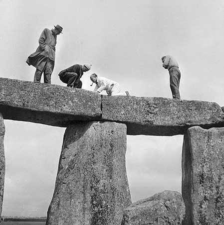 stonehenge-