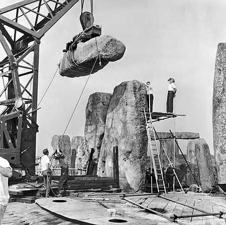 to-stonehenge-den-einai-ena-hoax