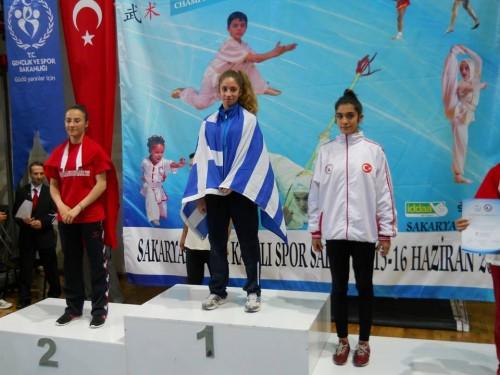 13-χρονη-πρωταθλήτρια-σήκωσε-τη-σημαία-μας-μέσα-στην-Τουρκία-1