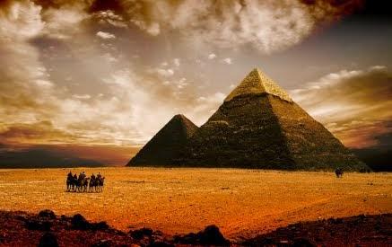 etsi-metakinousan-oi-arxaioi-aigiptioi-tous-ogkolithous-ton-piramidon