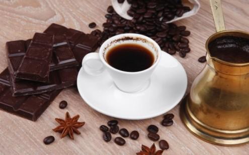 καφές-σοκολάτα-δύο-αλήθειες-που-ξαφνιάζουν-ευχάριστα