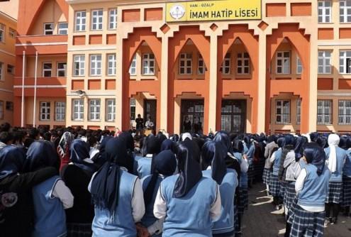 στέλνουν-σε-ισλαμικά-σχολεία-χριστιανούς-μαθητές-στην-τουρκία-1