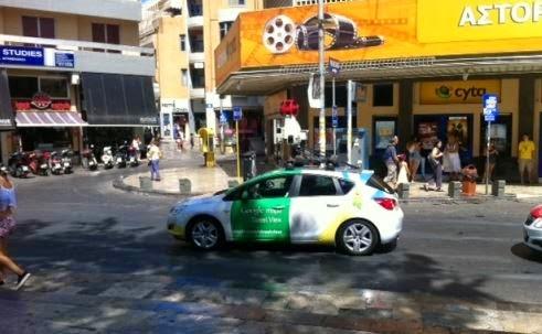στο-κέντρο-του-Ηρακλείου-το-αυτοκίνητο-της-Google