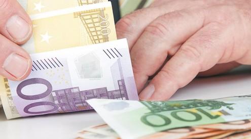 χαρίζουν-φόρους-20-εκατομμυρίων-ευρώ-σε-ξένες-δικηγορικές-εταιρείες