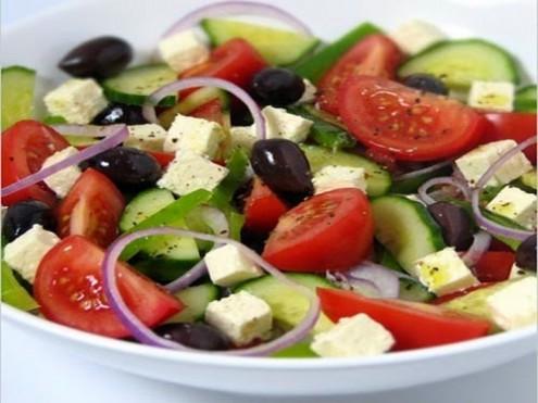 h-diatrofikh-axia-ths-xoriatikis-salatas