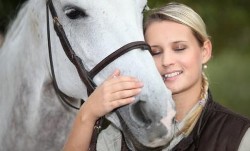 woman-horse3-630x380