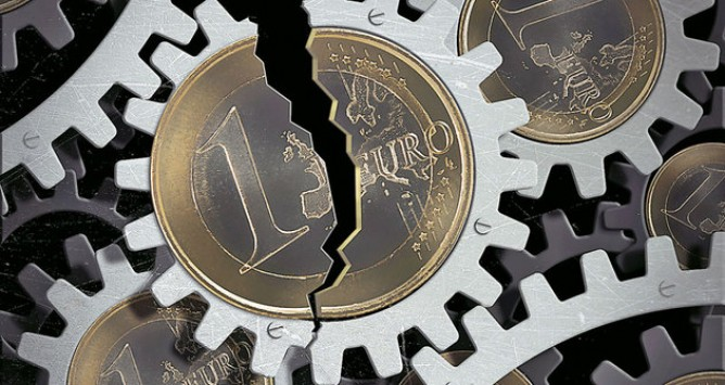 Αποτέλεσμα εικόνας για Η Ιταλία τινάζει στον αέρα την ευρωζώνη...