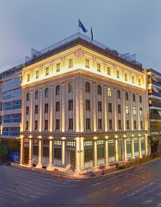Οικονομικός έλεγχος στη Μεγάλη Στοά της Ελλάδος – «Μαύρη τρύπα» 2 εκατ. ευρώ στα ταμεία