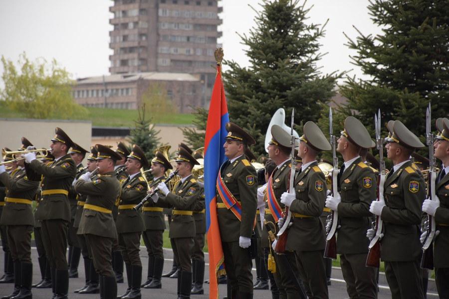 Η Αρμενία τραγουδά στην Τουρκία: «Η Ελλάδα ποτέ δεν πεθαίνει, δεν τη σκιάζει φοβέρα καμιά…» – Βίντεο
