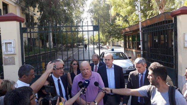 Ελεύθεροι αφέθηκαν οι Θ. Μαυρίδης, Π. Λάμψιας και Κ. Γαλανού – Ορίστηκε προκαταρκτική έρευνα