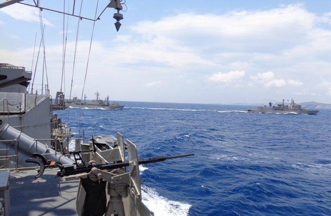 Απλώνεται ο Ελληνικός στόλος: «Σφραγίζει» το κεντρικό Αιγαίο το ΠΝ και στέλνει μήνυμα στην Αγκυρα – Σε ετοιμότητα και ο ΣΞ