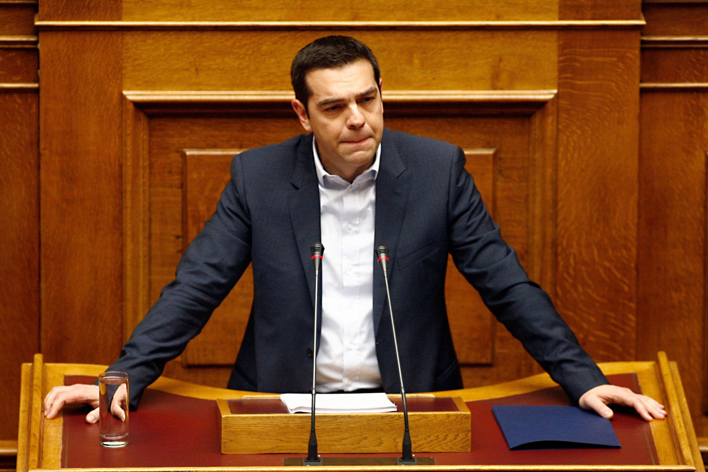 Ηχηρό «χαστούκι» σε Τσίπρα – Δεν «πέρασε» το άρθρο 3 – Το κράτος δεν γίνεται «ουδετερόθρησκο» – Ήττα για τον ΣΥΡΙΖΑ