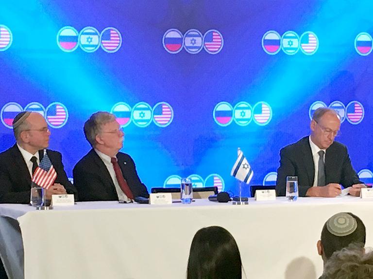 H συνάντηση που άλλαξε τα δεδομένα: ΗΠΑ-Ισραήλ «τεμαχίζουν» Ιράν-Τουρκία – Πάρθηκαν οριστικές αποφάσεις για την Μ. Ανατολή