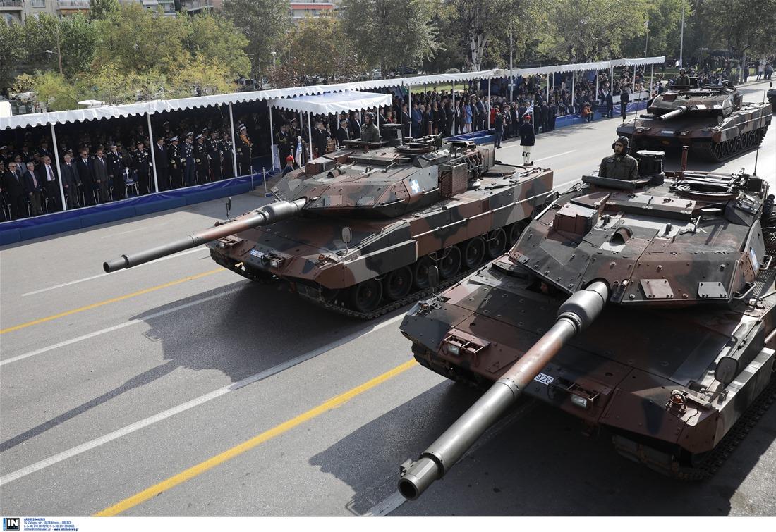 «Τρέμει η γη» στη Θεσ/νίκη – Δείτε ζωντανά την στρατιωτική παρέλαση