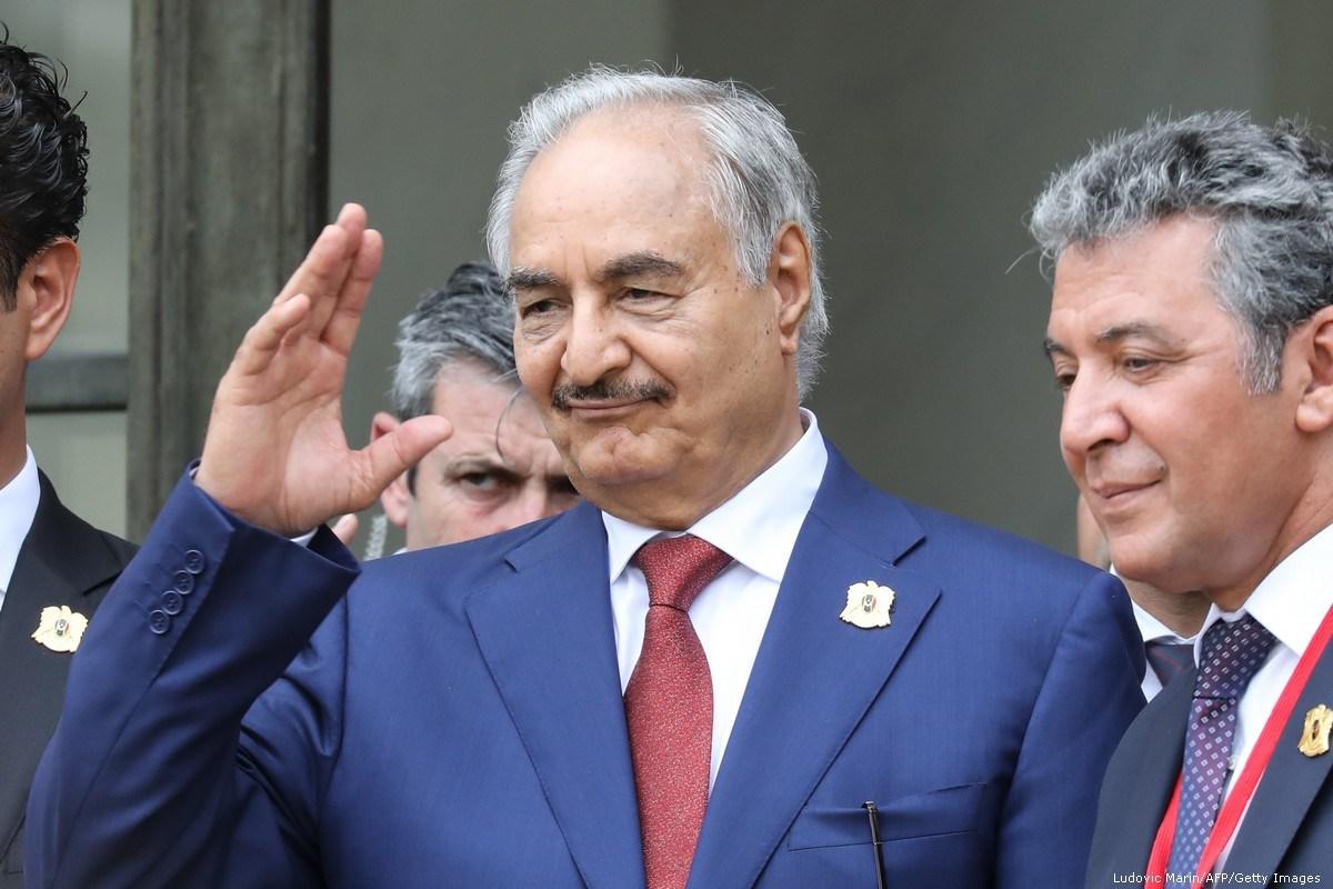 ΕΚΤΑΚΤΟ – Μανιφέστο Χαφτάρ: «Να παραιτηθεί ο Σάρατζ, δεν υποχωρούμε» – «Η χώρα να οδηγηθεί σε δημοκρατικές εκλογές»