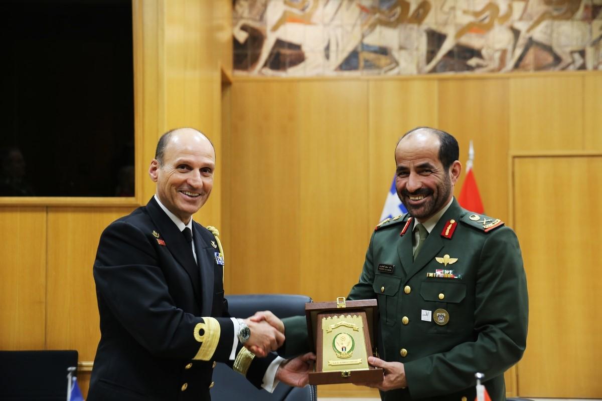Άξονας Ελλάδας-ΗΑΕ κατά της Τουρκίας: Υπεγράφη συμφωνία στρατιωτικής συνεργασίας – Κίνηση-ματ από το ΓΕΕΘΑ